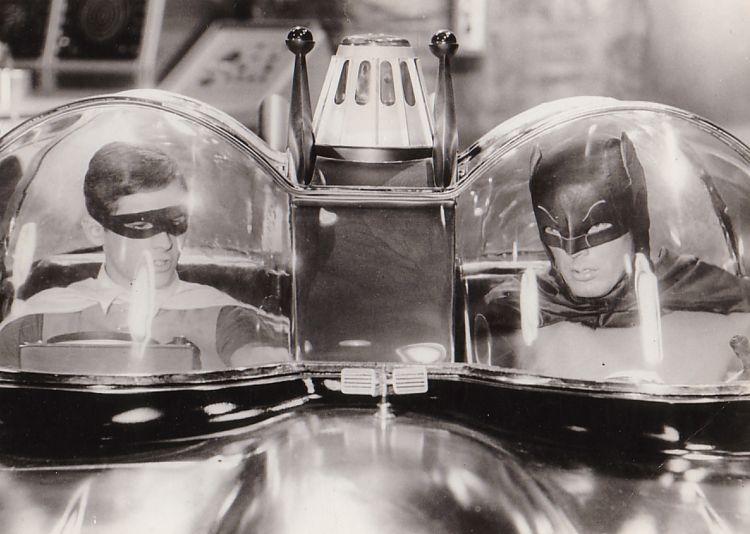 http://www.1966batmobile.com/bwbandr.jpg